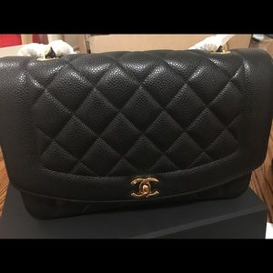 New condition chanel vintage diana bag